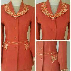 30 Ideas sewing clothes women tunics dress tutorials for 2019 Blouse Batik, Batik Dress, Sewing Clothes Women, Clothes For Women, Mode Batik, Blouse Tutorial, Sewing Blouses, Dress Tutorials, Dress Sewing Patterns