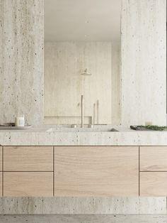 Interior Design Services, Bathroom Interior Design, Interior Decorating, Restroom Design, Interior Architecture, Interior And Exterior, Tadelakt, Bathroom Inspiration, Bathroom Ideas