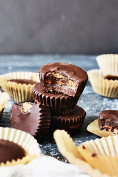 You Need These Healthy Chocolate Almond Butter Cups in Your Life   http://helloglow.co/healthy-chocolate-almond-butter-cups/
