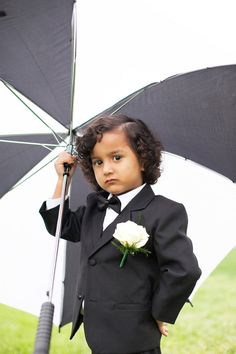 rainy day ring bearer // photo by Nancy Ray