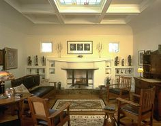 Arts & Craft living room