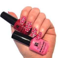 Red Carpet Manicure Red and Pink Gel Polishes #redcarpetmanicure #gelpolish #red #pink #nailart #nails #manicure