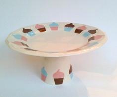 Prato de bolo de porcelana com  20cm de diâmetro decorado R$42,00