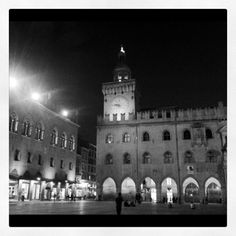 """Night view of Piazza Maggiore in Bologna near the BlogVille apartment - """"See, Taste, Do! - Instagram Highlights from the Emilia Romagna Region of Italy"""" by @jeanettekramer"""