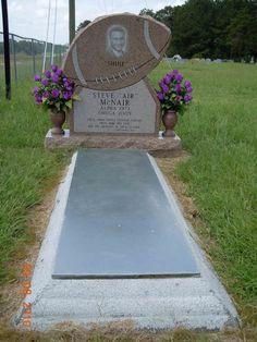 "Steve McNair (1973 - 2009) NFL quarterback. Steve McNair, nicknamed Air McNair, ""The Legend"""