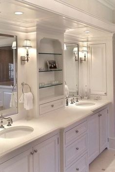 Traditional Master Bathroom with Flush, Built-in bookshelf, Flat panel cabinets, Master bathroom, Raised panel, Wall sconce