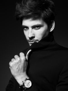 Ben Barnes...hello sir...I wouldn't mind you being Finnick, I think...
