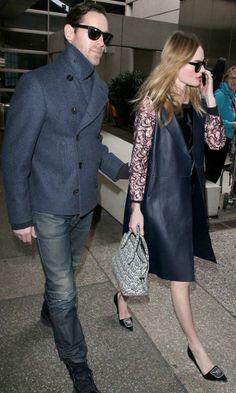 Celebrity Street Fashion: H Kate Bosworth ντυμένη σικ στο αεροδρόμιο! http://fashionway.gr/celebrity-street-fashion-h-kate-bosworth-%CE%BD%CF%84%CF%85%CE%BC%CE%AD%CE%BD%CE%B7-%CF%83%CE%B9%CE%BA-%CF%83%CF%84%CE%BF-%CE%B1%CE%B5%CF%81%CE%BF%CE%B4%CF%81%CF%8C%CE%BC%CE%B9%CE%BF/