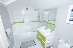 12 Meadowbank Place, Belfast #bathroom