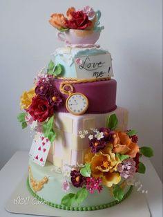 Wedding cake on Alice in Wonderland - cake by MOLI Cakes