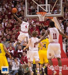 Oladipo flying HIGH!! Look at the guy below Oladipo, makes the picture.