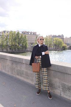How to rock plaid. 70s Fashion, Womens Fashion, Fashion Ideas, Blair Eadie, Look Formal, Jessica Parker, Atlantic Pacific, Fall Plaid, Plaid Pants