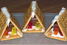 Hexenhaus aus Butterkeksen Witchhouse made of butter biscuits (recipe with picture) by SummerJune Christmas Goodies, Kids Christmas, Xmas, Christmas Houses, Butter Biscuits Recipe, Homemade Toffee, Custom Chocolate, Baby Boy Birthday, Holiday Candy