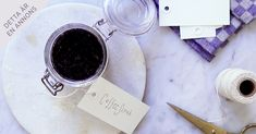 ANNONS FRÅN LÖFBERGS: Släng inte sumpen – spara den och gör den här uppiggande kaffeskrubben i stället.