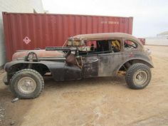 New on-set images from Mad Max: Fury Road