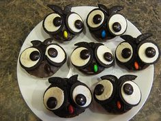 Almost Unschoolers: Owl Cupcakes