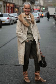 how to wear a vintage coat