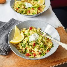 Easy chicken curry – Slimming World Chicken saag Healthy Eating Tips, Healthy Nutrition, Healthy Recipes, Drink Recipes, Healthy Food, Baked Oats Slimming World, Slimming World Recipes, Easy Chilli, Tomatoes On Toast