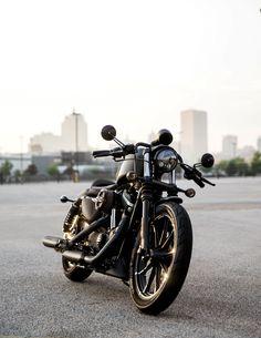 Just get on and tear up the nearest street. #DarkCustom   2016 Harley-Davidson Iron 883