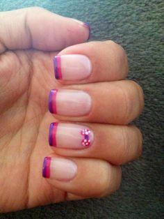 Decoración de uñas con líneas