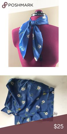 """Vintage blue floral scarf Vintage floral patterned scarf, blue 22""""x22"""", marked """"Watersilk Made in Italy"""" perfect condition Vintage Accessories Scarves & Wraps"""