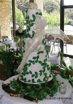 Smaug Dragon Wedding Cake This 5 tier Smaug Dragon cake was made for a beautiful Lord of the Rings themed wedding. The dragon is hand...