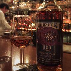 #tbt 2015 New York ------- New York'ta kaldığım Soho Grand Hotel'in çok etkileyici viski barında ilk defa denediğim bu şişe içtiğim en iyi çavdar viskilerinden olmuştu
