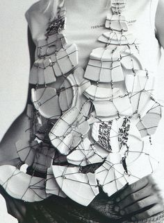 Maison Martin Margiela vest & Raf Simons T-shirt photographed by Willy Vanderperre for i-D February 2001 Kintsugi, Deconstruction Fashion, Bouchra Jarrar, Do It Yourself Fashion, Body Adornment, Recycled Fashion, Raf Simons, Fashion Art, Fashion Design