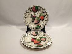 """Gien Fraises En Folie Salad Plates 8 1/2"""" Black White Strawberry France Set of 2 #Gien"""
