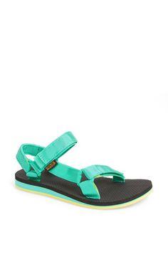 Pin for Later: Wählt eure neuen Schuhe aus: 50 preiswerte Sommerschuhe Teva Sandale Teva Original Sandal ($40)