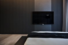 Master bedroom - combination dark colours & wood texture bed, ideas, furniture, home Tv Wall Design, Door Design, Trendy Bedroom, Modern Bedroom, Master Bedrooms, Minimal Bedroom, Interior Walls, Living Room Interior, Modern Interior Design