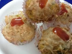 Do you love savory ?? I do. And I love to experiment with my kitcheningredients andgenerally isucceed with good andhealthy taste. This time i want to give my daughters a very healthy treat and what can be better than savory muffins..believe me these muffins are very cheesy and tasty.     sa