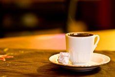 Bol Köpüklü Türk Kahvesi Tarifi Turkish Coffee, Iftar, Tea Time, Istanbul, Delish, Canning, Healthy, Tableware, Foods