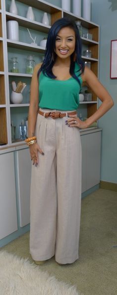 i need a pair of high waist linen wide leg pants for dinner/dressing up. would look perfect with my lace tube tops. ahhhhh