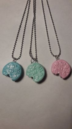 Oreo Neclace by KirstensEmporium on Etsy Oreo, Polymer Clay, Detail, Gifts, Stuff To Buy, Etsy, Jewelry, Presents, Jewellery Making