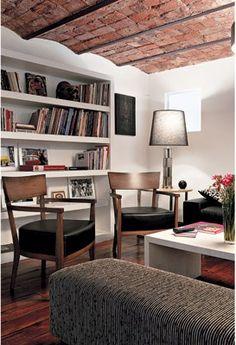 Living room: Una casa chorizo renovada en Almagro #decor