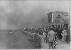 θεΣΣΑΛΟΝΙΚΗ πυρκαγιά 1917 Old Pictures, Old Photos, Vintage Photos, Greece History, Old City, The Past, Street View, World, Ghosts