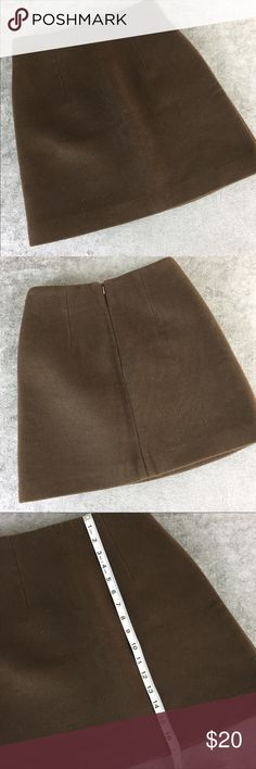 """Brown Felt-Like Material Ladies Skirt Size M Brown skirt. Doesn't have material listed but feels like felt or wool. Measurements - 12"""" waist, 17"""" length. Size M. Skirts"""