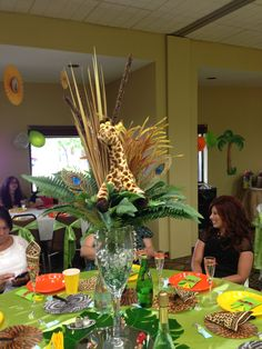 Amazing Event Safari Centerpiece Kathy S Party In 2019