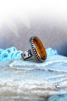 Handmade VINTAGE Beautiful TIGER EYE Silver Ring - Sterling Silver Statement Ring - Autumn Boho Nature Chic Style Statement Ring de hecatecrea en Etsy https://www.etsy.com/es/listing/246710749/handmade-vintage-beautiful-tiger-eye