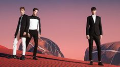 Hugo Boss Spring/Summer 15 With surreally beautiful space-age backgrounds and an undeniable futuristic narrative, you would be easily forgiven for mistaking the new Hugo Boss SS15 campaign for the set of a Joseph Kosinski sci-fi movie (think Tron: Legacy and Oblivion).