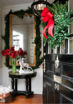 Front hall holiday decor | Flickr - Photo Sharing!