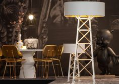 Moooi-Construction Lamp white by Joost van Bleiswijk. Loving everything here - the snakeskin bag, the lamps, the giant Porky.. ;)