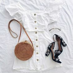 Which outfit would you add to your shopping list? Pretty Outfits, Cool Outfits, Fashion Outfits, Womens Fashion, Style Fashion, Fashion Boots, Unique Prom Dresses, Casual Dresses, Summer Dresses