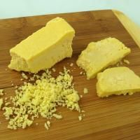 I love sharp cheddar cheese! This Paleo-Vegan cheese tastes almost exactly like Wisconsin cheddar, except it's dairy-free. It is a firm, rich, creamy cheese, with a slightly tangy flavor. Delicious on (Dairy Free Butter Substitute) Vegan Cheddar Cheese, Vegan Cheese Recipes, Dairy Free Cheese, Creamy Cheese, Vegan Foods, Vegan Dishes, Dairy Free Recipes, Paleo Vegan, Vegan Mozzarella