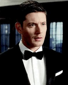 we are not beautiful Jensen Ackles Gif, Jensen Ackles Supernatural, Michael Supernatural, Dean Winchester Gif, Dean Gif, We Run The World, Supernatural Wallpaper, Gifs, Iconic Characters