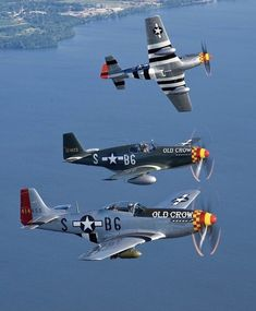 Aviation News and Photos with David Arkwright Ww2 Fighter Planes, Airplane Fighter, Ww2 Planes, Fighter Aircraft, Fighter Jets, Us Military Aircraft, Ww2 Aircraft, P51 Mustang, Airplanes