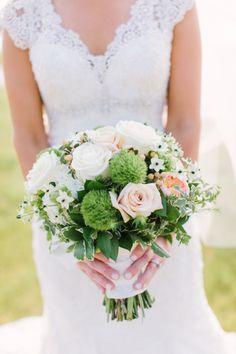 Gorgeous summer blooms: http://www.stylemepretty.com/little-black-book-blog/2015/03/04/elegant-milwaukee-summer-wedding/   Photography: Mthree studio - http://mthreestudio.com/