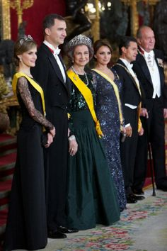 (L-R) Spain's Crown Princess Letizia, Crown Prince Felipe, Queen Sofia, Mexican President's wife Angelica Rivera, Mexican President Enrique Pena Nieto and King Juan Carlos of Spain attends the Gala Dinner in honour of Mexican President Enrique Pena Nieto at The Royal Palace, 09.06.2014 in Madrid, Spain.