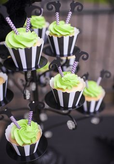 witches cupcakes for halloween